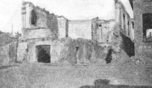 Houses turned into ruins. Source: www.jewishgen.org/yizkor/kalarash/kalph351.html#Page352
